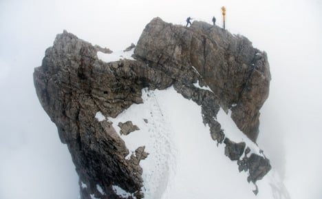 Woman falls to death from mountain peak