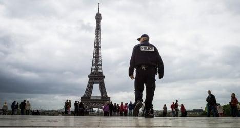 Paris sees drop in crime against tourists