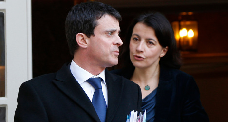 Hollande pulls ministers into line after Roma row