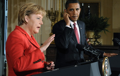 White House 'ended NSA Merkel phone tapping'