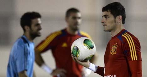 Unhappy Iker Casillas eyes Real Madrid exit