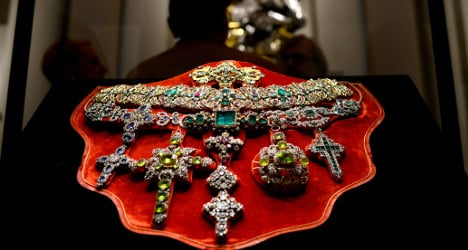 Italy's trove 'worth more than Brits' crown jewels'