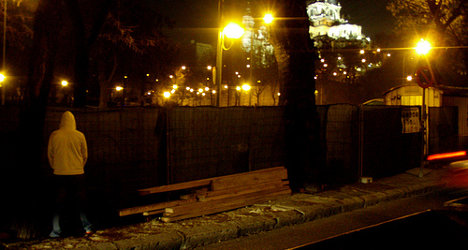 'Filthy' Madrid plans €750 fines for public urination