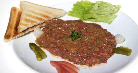Eateries used horsemeat for steak tartar: report
