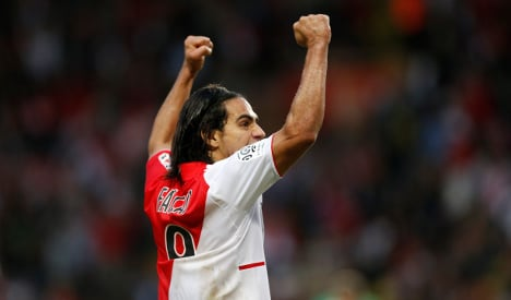 Monaco top Ligue 1 as 'Le Classique' looms