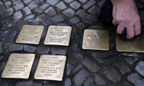 App creates virtual Holocaust memorials