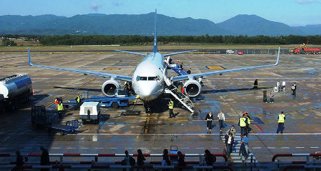 Pregnant Brit dies in Spain airport tragedy