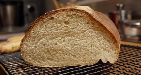 Police seize mafia-made 'toxic bread'