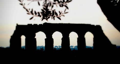 Aqueduct explorers map Rome's 'final frontier'