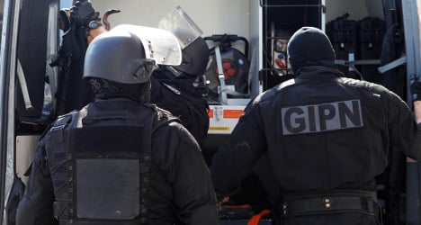 Paris woman detained over 'links to Al-Qaeda'