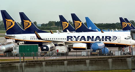 Ryanair told to pay €9m damages by French court