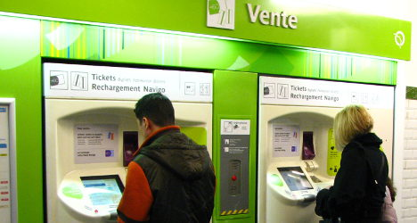 Paris transport fare hikes to pay for 'supermetro'