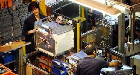 5,700 jobs in danger as fridge firm fights closure