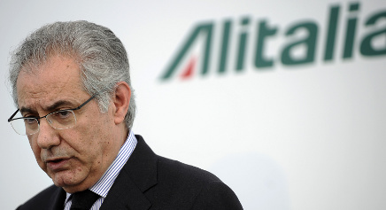 Alitalia chairman to resign after capital boost