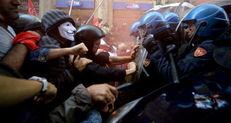 Clashes erupt at Rome housing rights protest