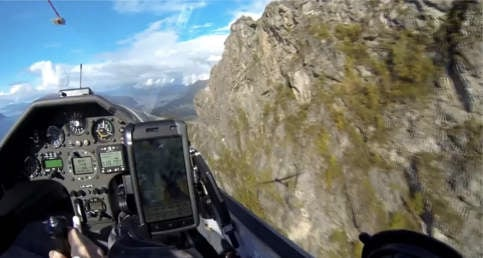 VIDEO: Gliding in the Romsdal mountains
