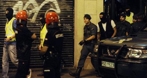 Spain shuts down Eta prisoner support group