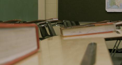 Teacher gets jail term for 'romantic' fling with pupil