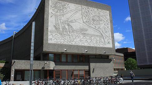 'Save tower Breivik bombed': heritage report