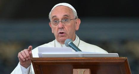 Pope praises Spain's 522 'pro-Franco' martyrs