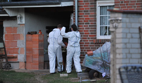 Police find dead baby in compost bin