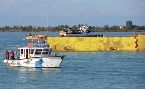 Venice tests €5 billion 'Moses' flood barriers