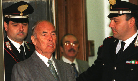 Former SS captain and Nazi war criminal dies
