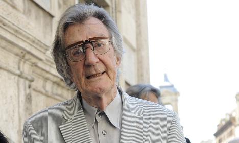 Italian film director Lizzani commits suicide