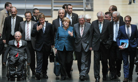 Greens quit talks with Merkel over coalition