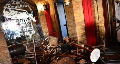 Italians jailed for attack on Tottenham fans