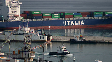 Exports rise as Italy tries to exit recession