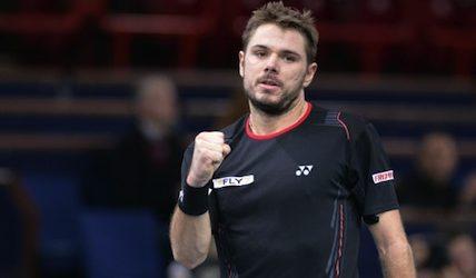 Federer joins Wawrinka in Paris quarterfinals