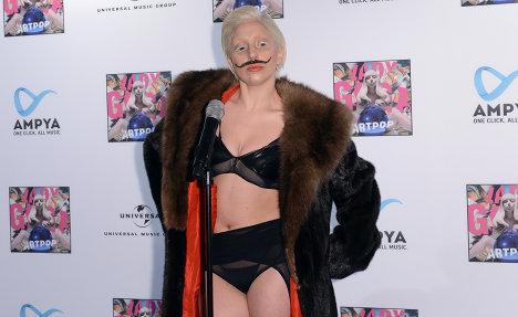 Lady Gaga celebrates new album in Berlin club