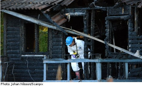 Dad admits to killing children in cabin fire