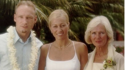 Breivik hugged his mother before she died
