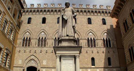 Italian bank plans cash boost amid 5,300 job cuts