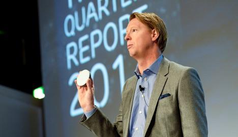 Ericsson sales slow amid 'currency headwind'