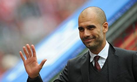 Bayern go top and eye 30-year record