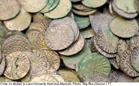 'Priceless' Viking jewels nabbed in museum raid