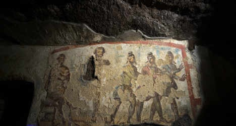 Vatican opens catacombs with virtual tour