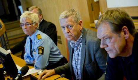 Gothenburg police arrest ten in gangland raids
