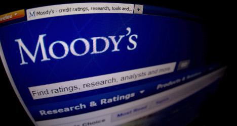 Credit agency warns over weak Spanish banks