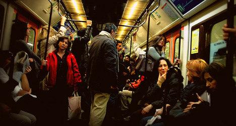 Madrid Metro breakdown traps hundreds