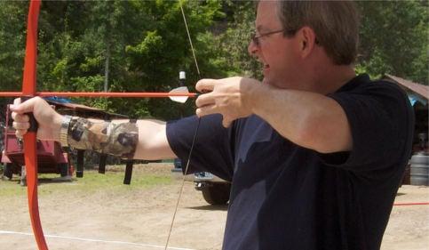 Man shoots arrow at pram in Bergen park