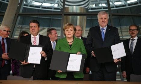 Merkel and SPD hail 'grand coalition' deal