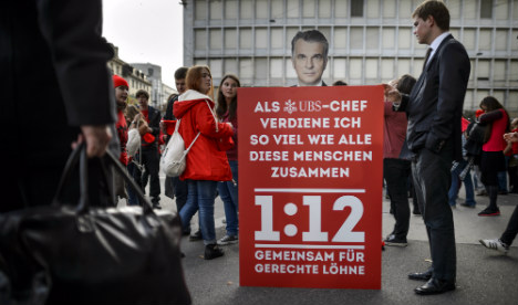 Swiss massively reject bid to restrict top pay