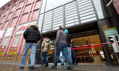 Berlin burglars steal 300 phones in one minute