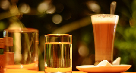 'Mafia boss' swindles drinks from bar