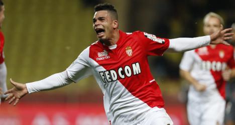 Monaco scrape 1-0 win to close the gap on PSG