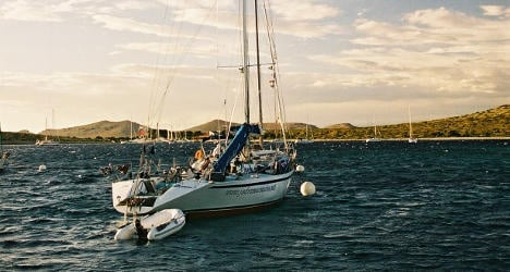 Spain seizes 550 kilos of cocaine on sailboat